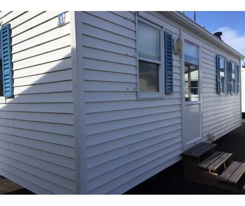 Casa movil con cobertizo trastero de regalo con 2 dormitorios for Case con verande tutt attorno